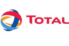 Total SA logo 225